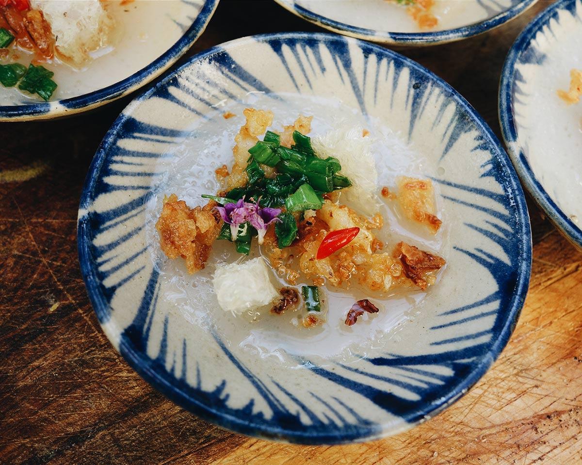 Naleśniki ryżowe na parze (bánh bèo)