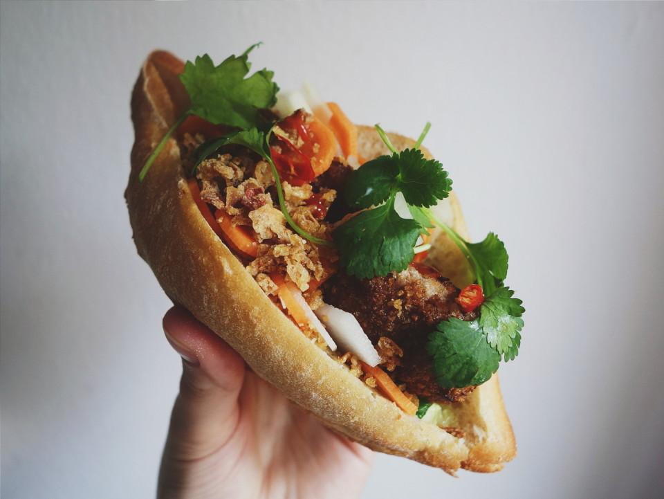 wietnamska kanapka banh mi