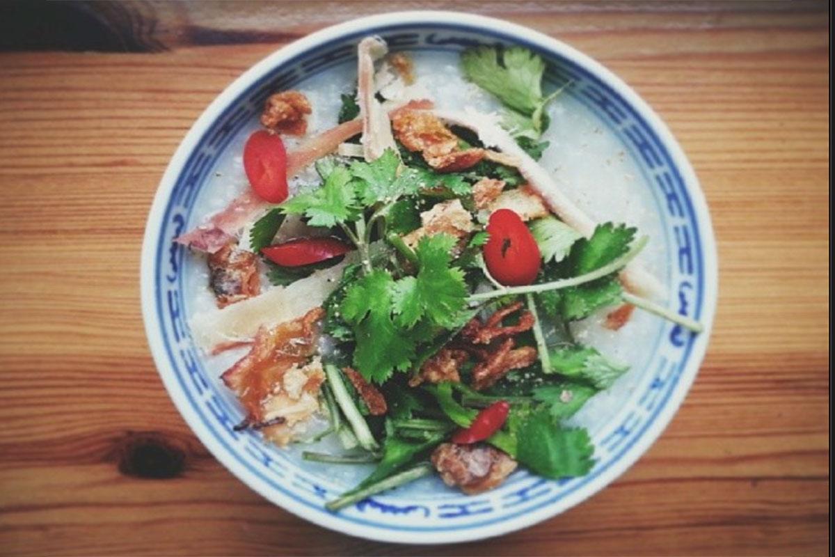 Cháo gà – ryżowa zupa z kurczakiem