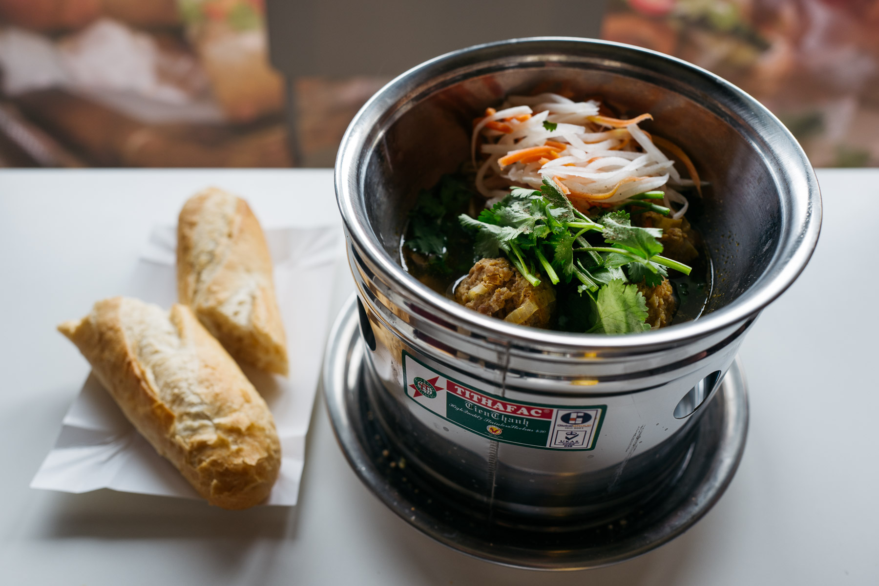 Mielone kulki wieprzowe + szynka wietnamska (Banh mi Viet)