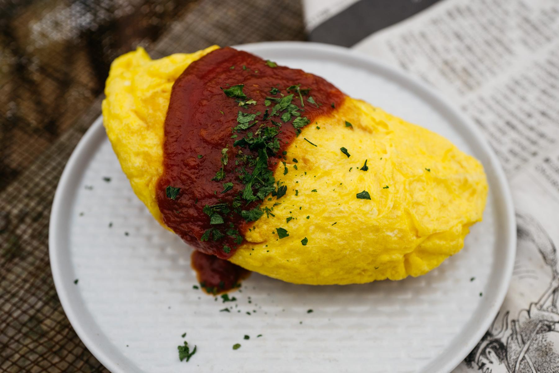 Omuraisu (japoński omlet z ryżem)