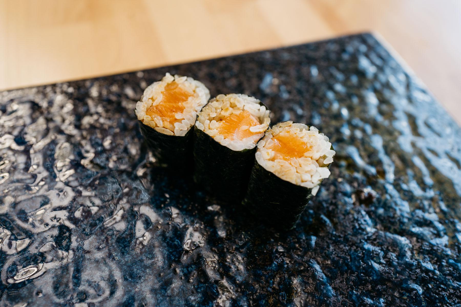 sake hosomaki (łosoś)