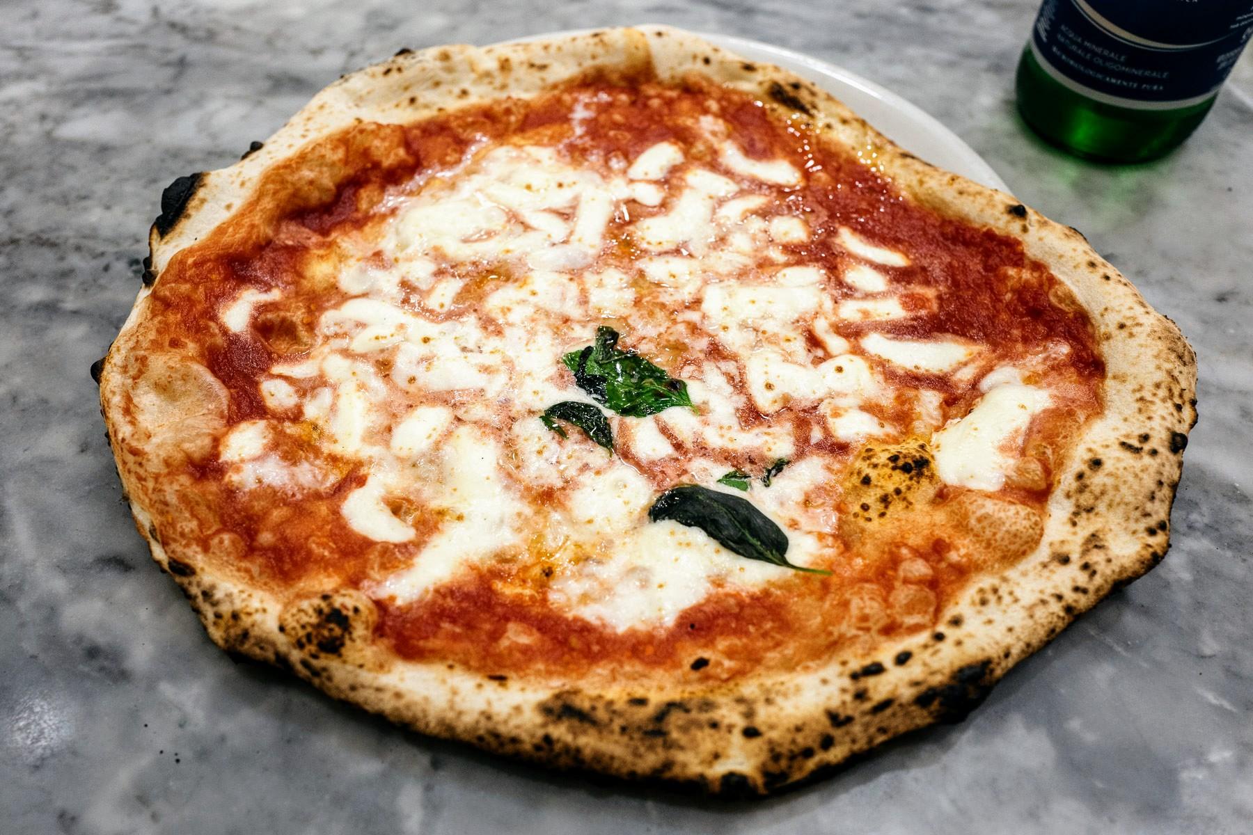 L'Antica Pizzeria da Michele, Neapol