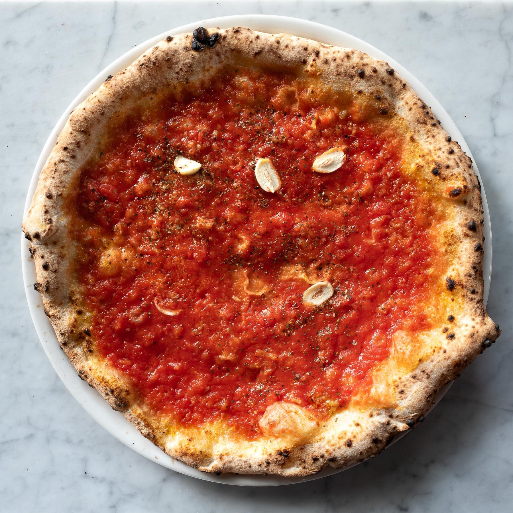 pizza marinara - 12 zł
