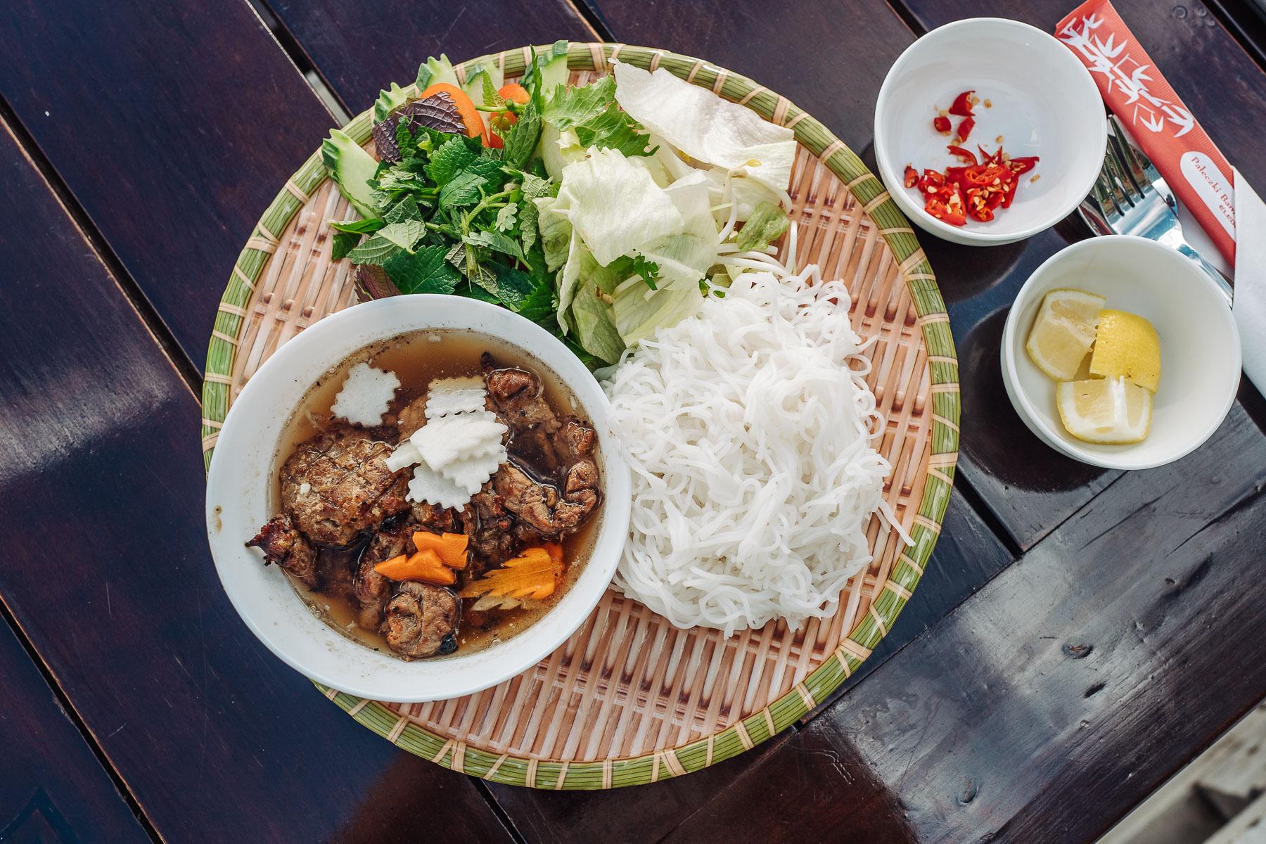 bún chả w Hanoi Grill